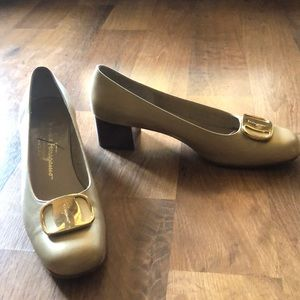 Gold Ferragamo stacked heel pumps gold